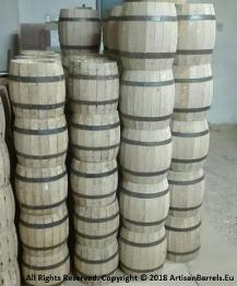 small wine cask, dispensing barrels